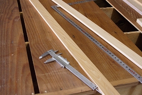 裏板の割れの補修
