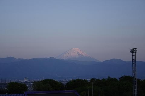 双葉SAの夕景の富士