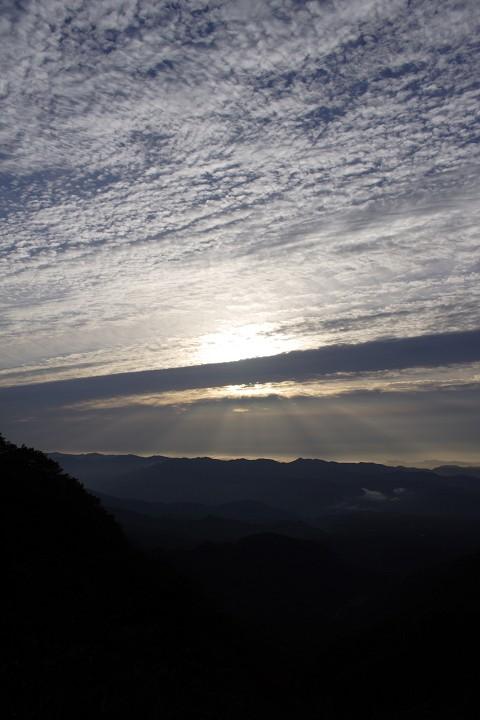 赤城山から望む光芒