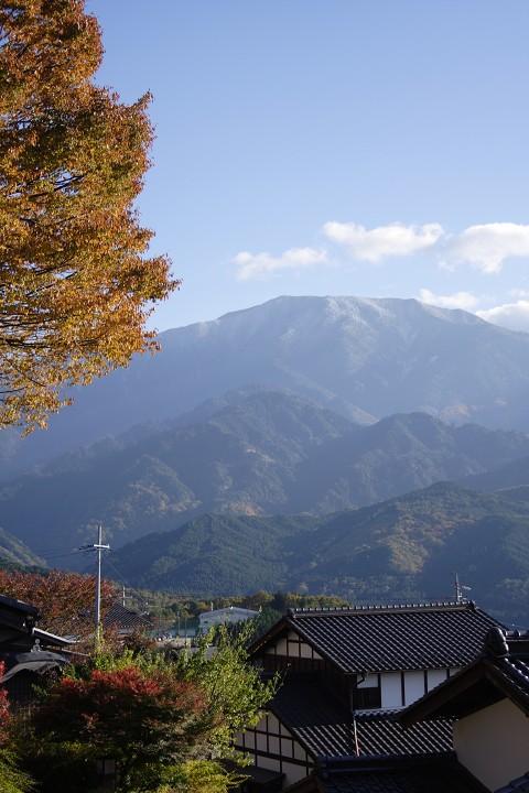 薄っすら雪化粧 恵那山
