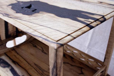 黒柿飾り棚 天板の木端の処理